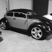 Muscle Car auf einem Autostellplatz mit ca. 15qm